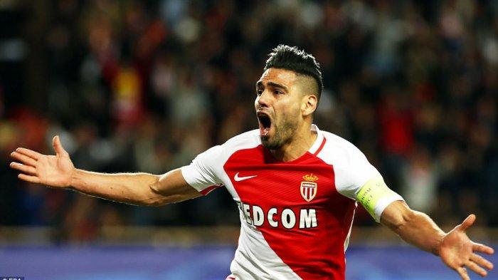 «Монако» отказался реализовать  Фалькао в«Милан» за30 млн.  евро