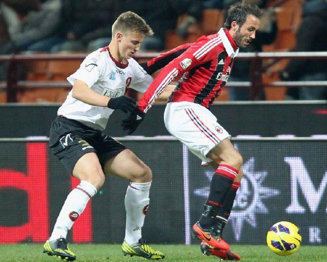 Rodrigo+Ely+AC+Milan+v+Reggina+Calcio+TIM+jY1lSnLZguZx